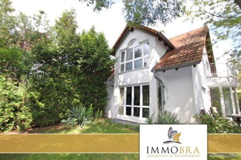 IMMOBRA: Attraktives Einfamilienhaus mit Doppelgarage am Seehof, 14778 Beetzsee, Einfamilienhaus