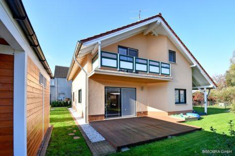 Traumhaftes Familien-Domizil mit schönem Garten, 14641 Nauen / Wachow, Einfamilienhaus